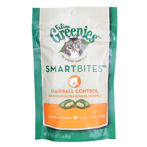Greenies SmartBites Hairball Control, Tuna Flavored Cat Treats, 2.1 Ounces